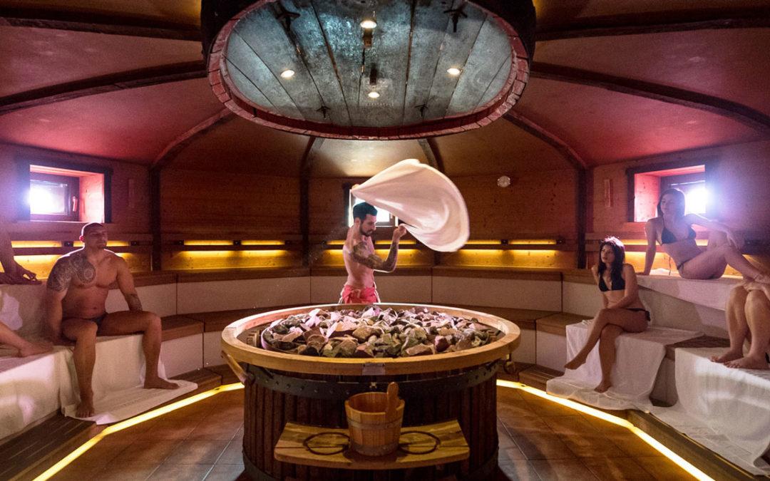 Le cerimonie in sauna: Aufguss o gettata di vapore