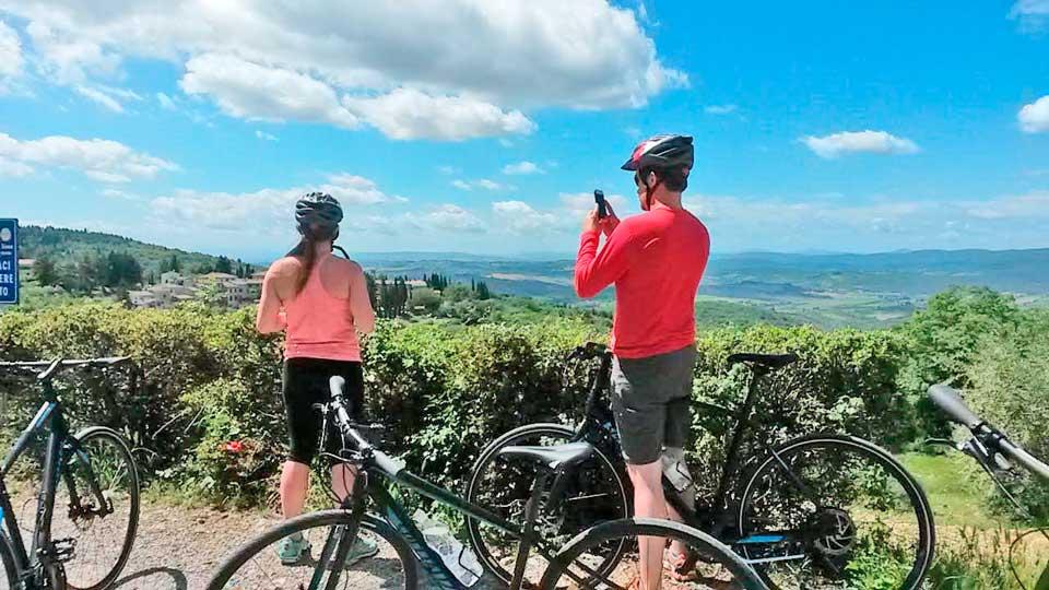 DIY Bike Tour in Tuscany: Renting a Bike