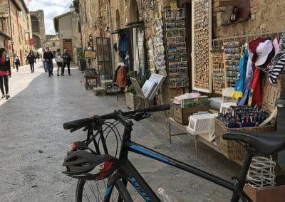 San Gimignano to Siena bike tour - Tuscany hilltop town Monteriggioni | bikeinflorence.com